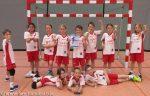 Gespielt haben: (stehend von links nach rechts) Marin, Laila, Ellen, Naemi, Lukas, Micha, Sophia und Jolina; (liegend von links nach rechts) Caitlin, Finn und Philipp